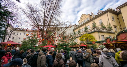 So many reasons to visit Italy - Christmastime in Bolzano